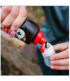 Fiole en silicone réutilisable facile à remplir